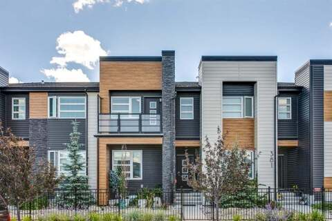 Townhouse for sale at 385 Midtown  Gt SW Airdrie Alberta - MLS: A1015348