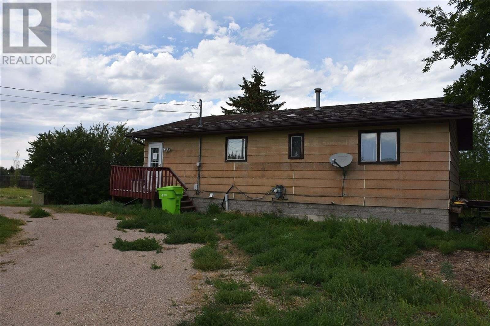 House for sale at 385 Okaneese Ave Fort Qu'appelle Saskatchewan - MLS: SK823347