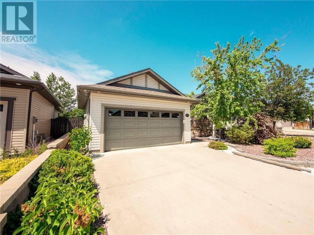 House for sale at 385 Thyrza Burkitt Li N Lethbridge Alberta - MLS: ld0190098