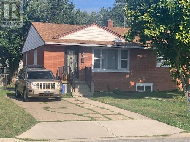 House for sale at 3850 Whitney  Windsor Ontario - MLS: 19023665