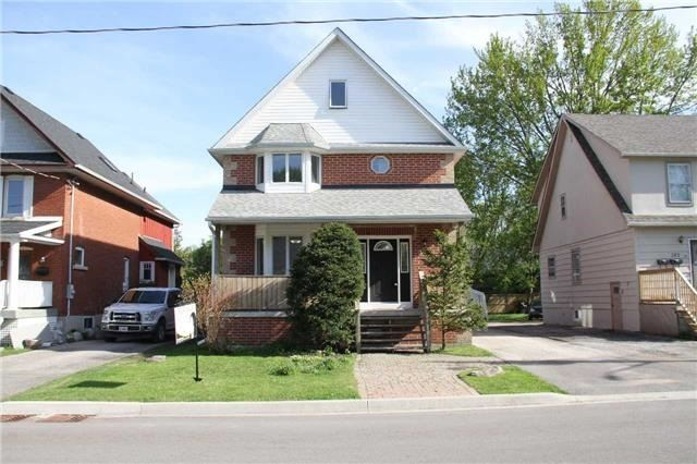 Sold: 386 Andrew Street, Newmarket, ON