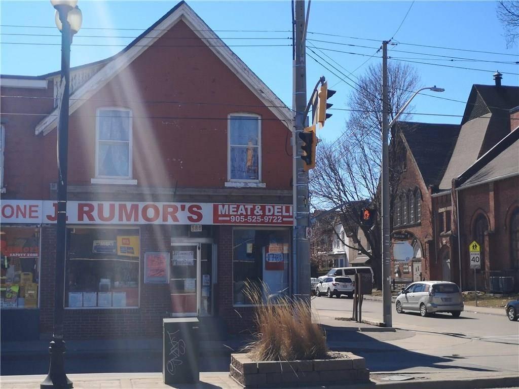 Home for sale at 386 Barton St E Hamilton Ontario - MLS: H4049014