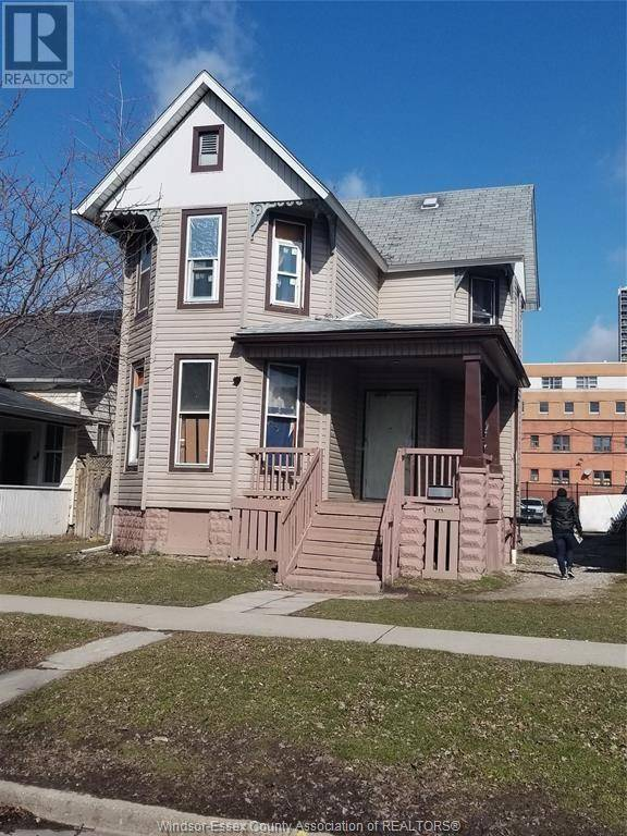 Townhouse for sale at 386 Bruce Ave Windsor Ontario - MLS: 20003026
