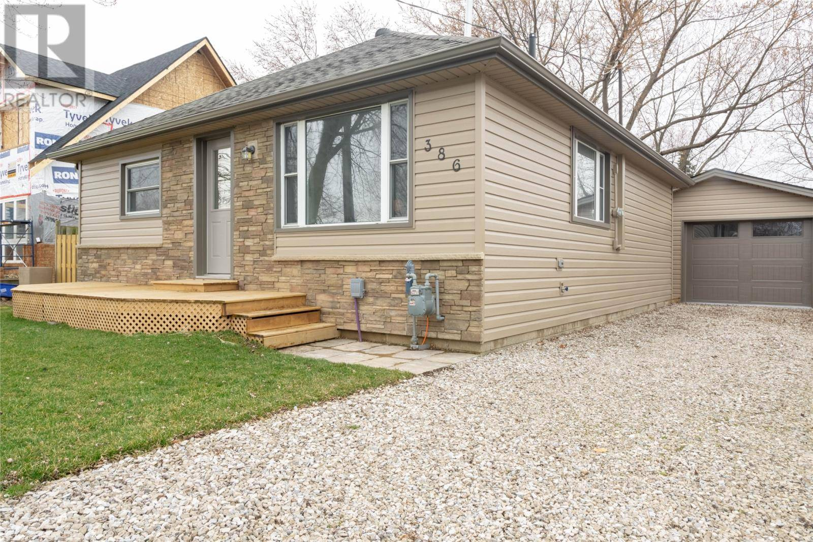 House for sale at 386 West Belle River  Belle River Ontario - MLS: 20003329