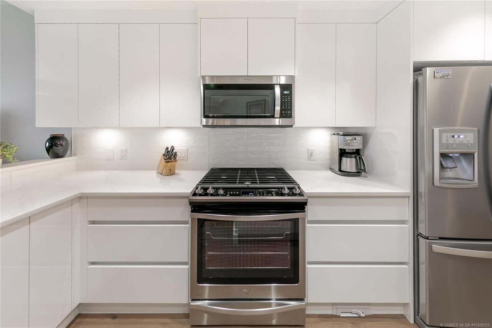Condo for sale at 3865 Truswell Rd Kelowna British Columbia - MLS: 10208355