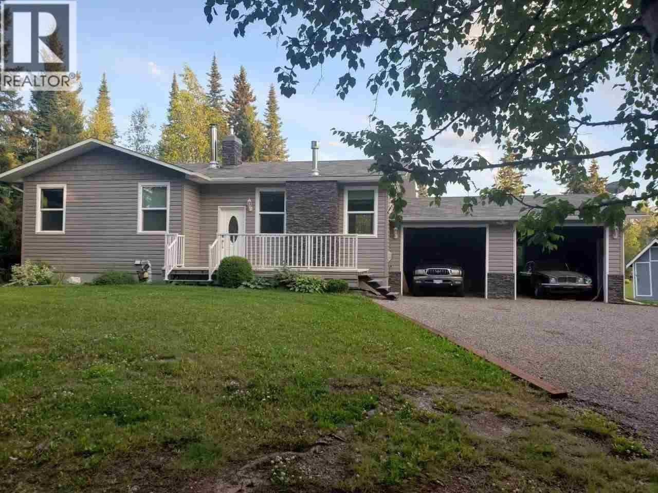 House for sale at 3875 Sunshine Cres Prince George British Columbia - MLS: R2437318