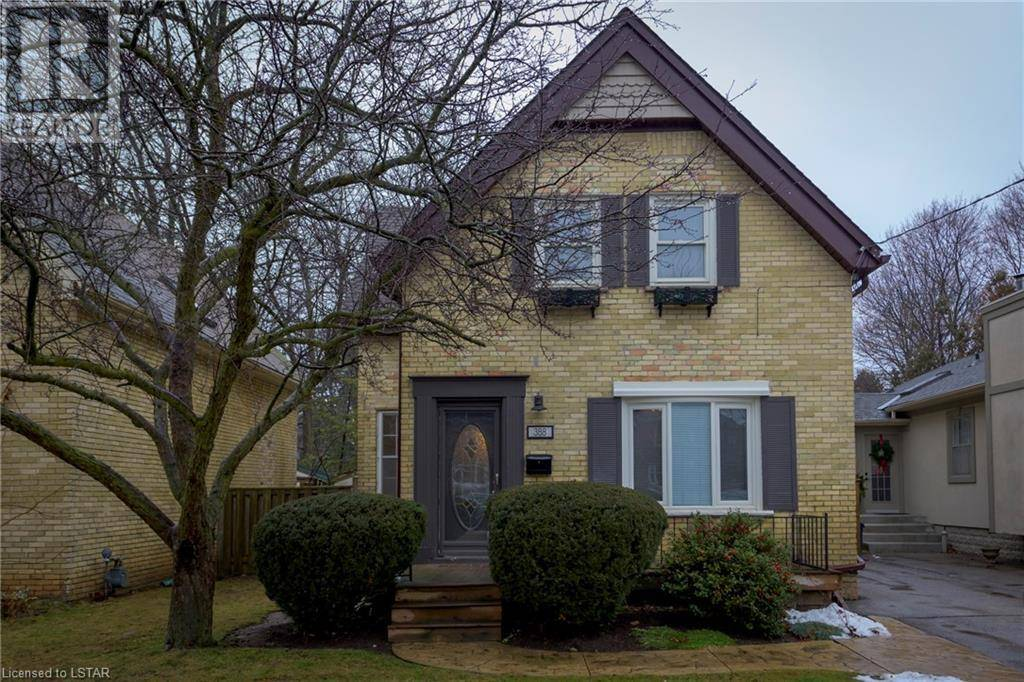 House for sale at 388 Regent St London Ontario - MLS: 240550