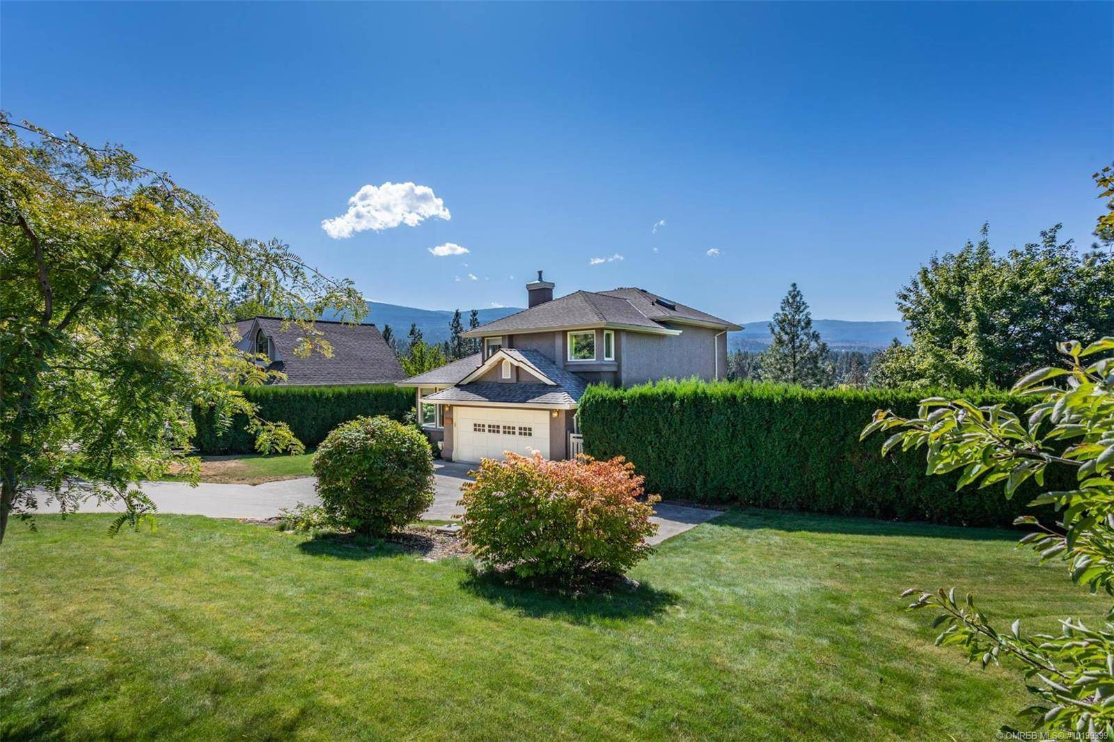 House for sale at 3886 Hyak Rd Kelowna British Columbia - MLS: 10199399