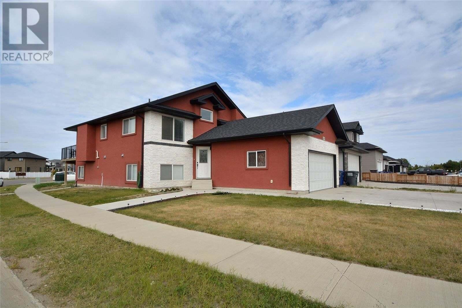 House for sale at 3890 33rd St Saskatoon Saskatchewan - MLS: SK826609