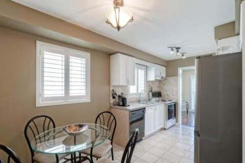 Townhouse for sale at 3895 Densbury Dr Mississauga Ontario - MLS: W4769873