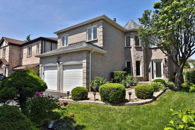Sold: 3898 Renfrew Crescent, Mississauga, ON