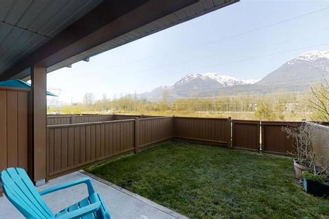 Townhouse for sale at 40653 Tantalus Rd Unit 39 Squamish British Columbia - MLS: R2446909