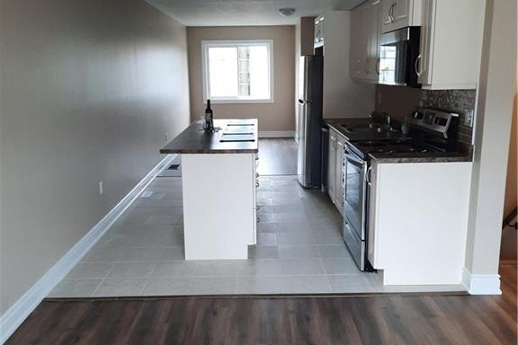 Townhouse for rent at 39 Andean Ln Barrie Ontario - MLS: 40035797