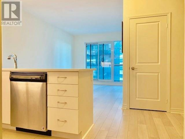 Apartment for rent at 39 Annie Craig Dr Toronto Ontario - MLS: W4554857