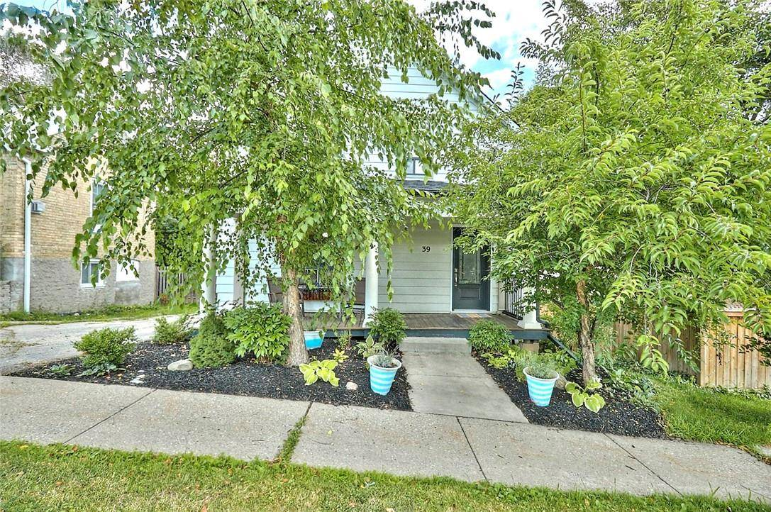 House for sale at 39 Broadway St E Brant County Ontario - MLS: H4063837
