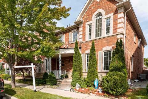 Townhouse for sale at 39 Cardrew St Markham Ontario - MLS: N4910080
