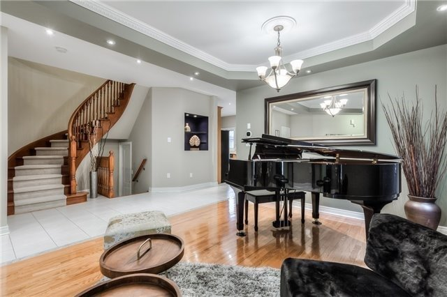 For Sale: 39 Catano Court, Richmond Hill, ON | 4 Bed, 4 Bath House for $1,358,000. See 20 photos!