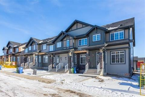 Townhouse for sale at 39 Clydesdale Cres Cochrane Alberta - MLS: C4277969