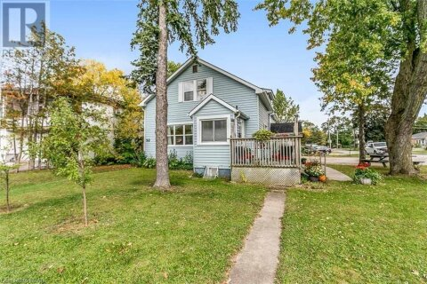 Home for sale at 39 Donald St Barrie Ontario - MLS: 40029565