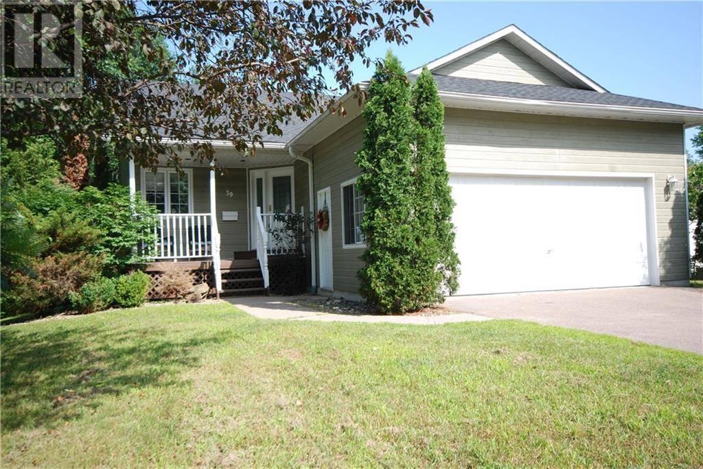 House for sale at 39 Earl St Petawawa Ontario - MLS: 1153930