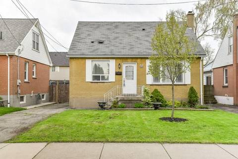 House for sale at 39 35th St East Hamilton Ontario - MLS: H4053859