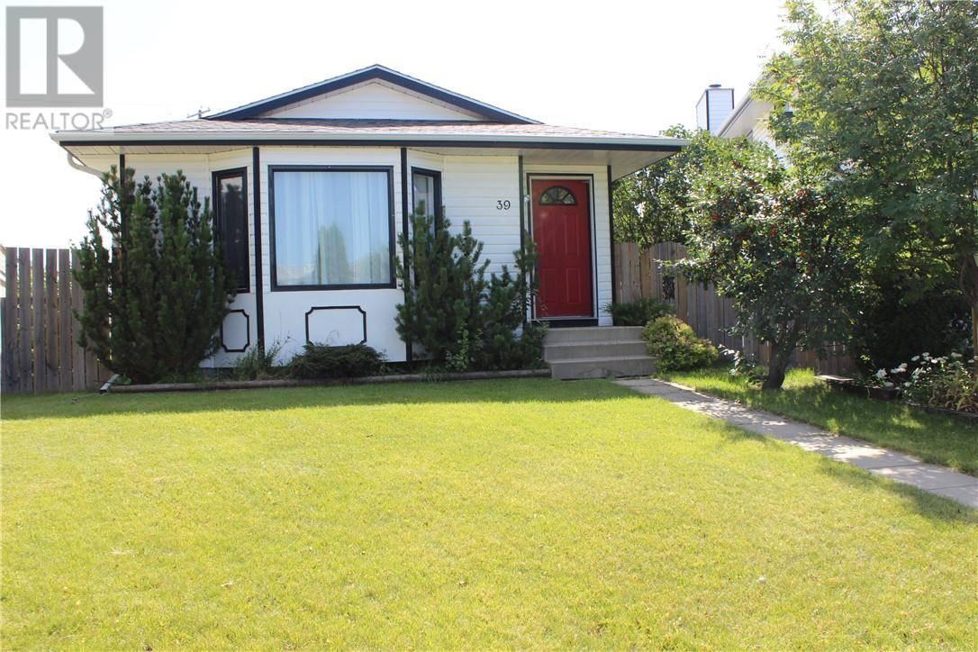 House for sale at 39 Elliot Cres Red Deer Alberta - MLS: ca0186828
