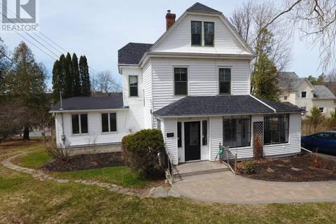 House for sale at 39 Everett St Hampton New Brunswick - MLS: NB021195