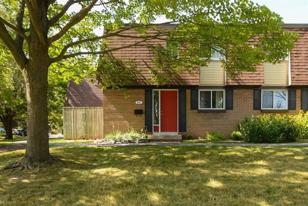 Townhouse for sale at 39 Glenridge Rd Ottawa Ontario - MLS: 1164581