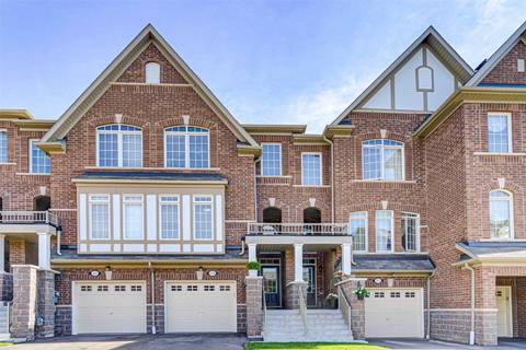 Townhouse for sale at 39 Graywardine Ln Ajax Ontario - MLS: E4541921