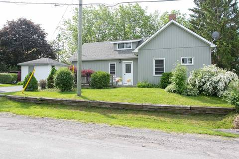 House for sale at 39 Hillside Dr Kawartha Lakes Ontario - MLS: X4492639