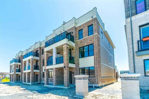 Townhouse for sale at 39 King George Wy Clarington Ontario - MLS: E4772193