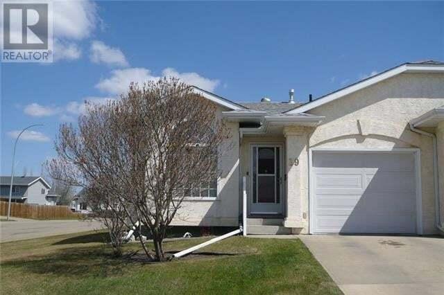 Townhouse for sale at 39 Liberty Cs Lacombe Alberta - MLS: ca0191225