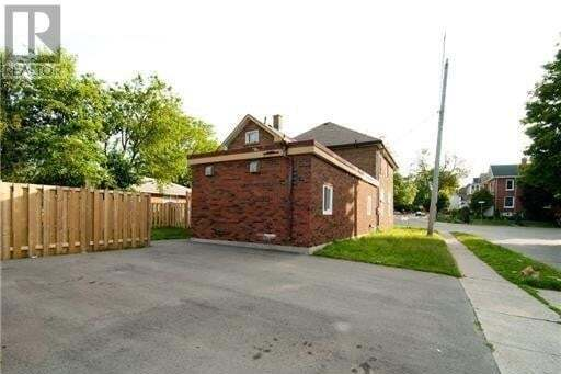 Residential property for sale at 39 Lowrey Ave Cambridge Ontario - MLS: 30821567