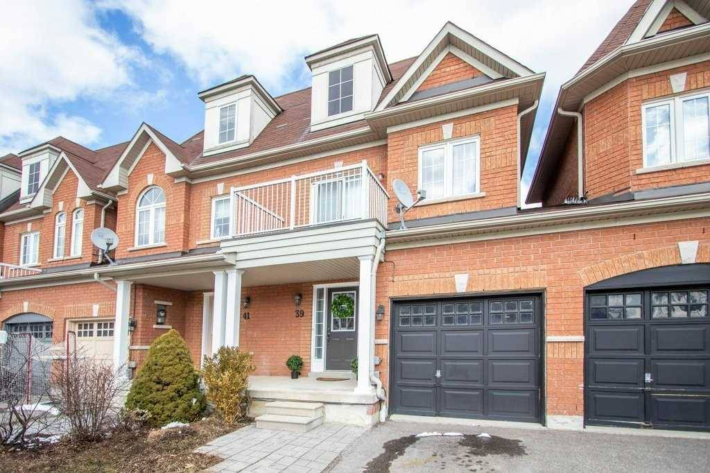 Townhouse for sale at 39 Neill Ave Whitby Ontario - MLS: E4421042