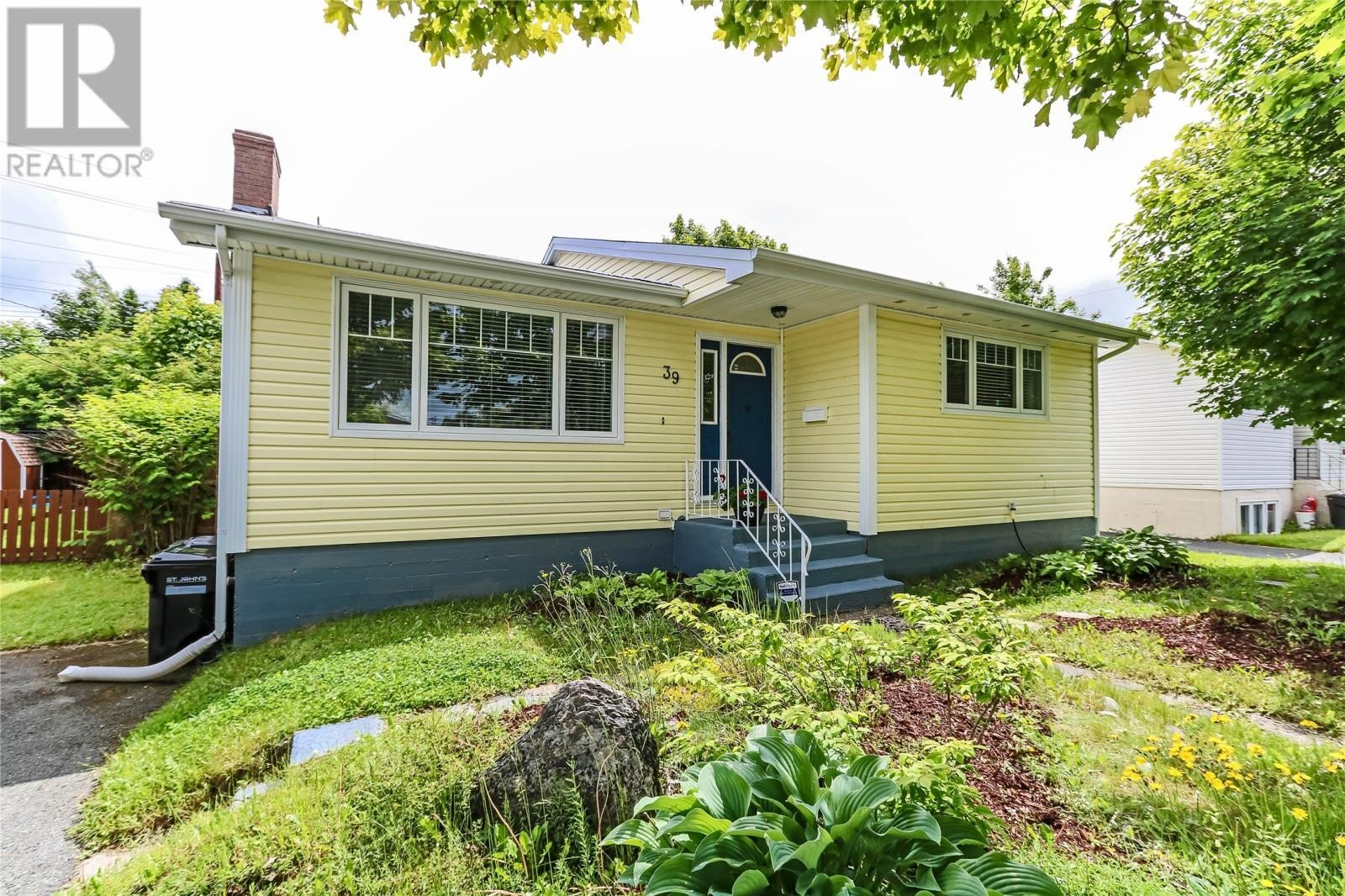 House for sale at 39 Neptune Rd St.john's Newfoundland - MLS: 1223760