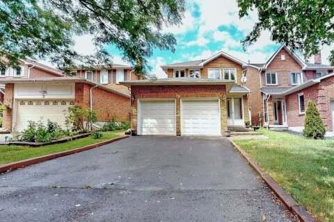 House for sale at 39 Parade Sq Toronto Ontario - MLS: E4859343