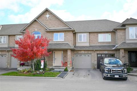 Townhouse for sale at 39 Periwinkle Dr Hamilton Ontario - MLS: X4616749