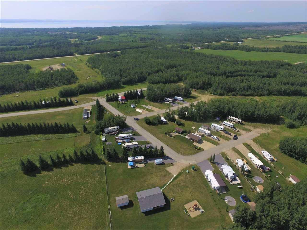 Home for sale at 39 Pigeon Lk Rural Wetaskiwin County Alberta - MLS: E4169966