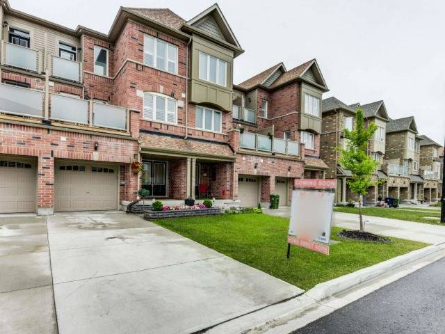 Sold: 39 Pringdale Gardens Circle, Toronto, ON