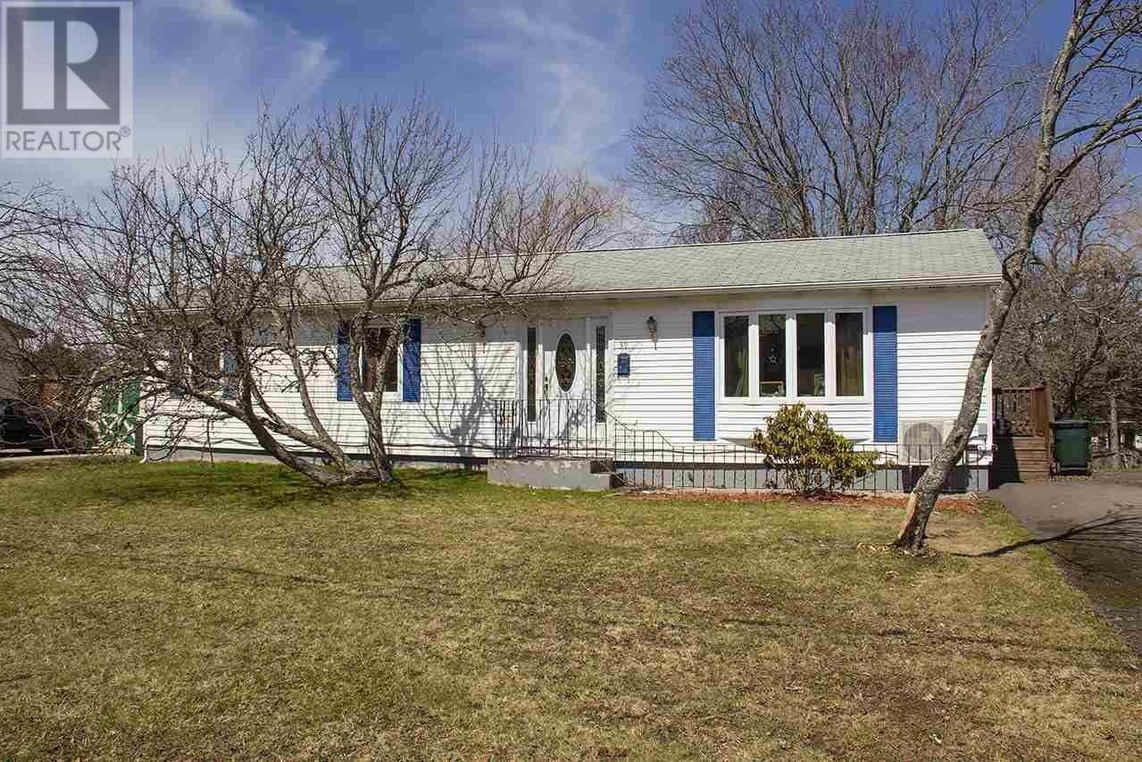 39 Rogers Avenue, Amherst | Image 1