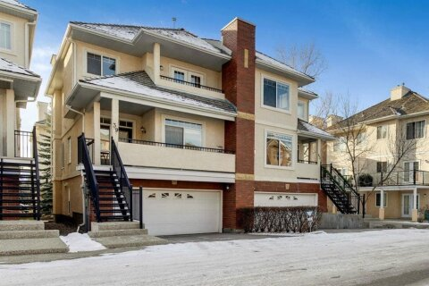 Townhouse for sale at 39 Sierra Morena Landng SW Calgary Alberta - MLS: A1052063