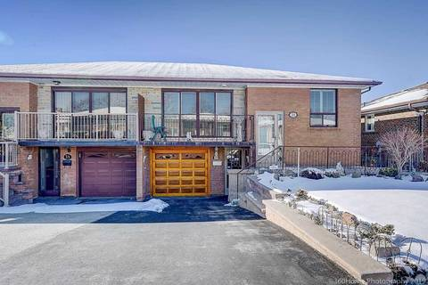 Townhouse for sale at 39 Songwood Dr Toronto Ontario - MLS: W4423917