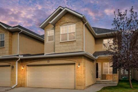 Townhouse for sale at 39 Strathlea Common SW Calgary Alberta - MLS: A1036535