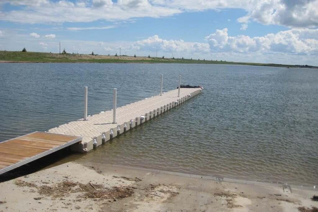 Residential property for sale at 39 Sunset Acres Ln Last Mountain Lake East Side Saskatchewan - MLS: SK815514