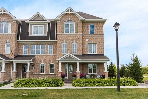 Townhouse for sale at 39 Tight Ct Milton Ontario - MLS: W4554995