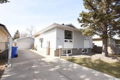 House for sale at 39 Trudelle Cres Regina Saskatchewan - MLS: SK766711