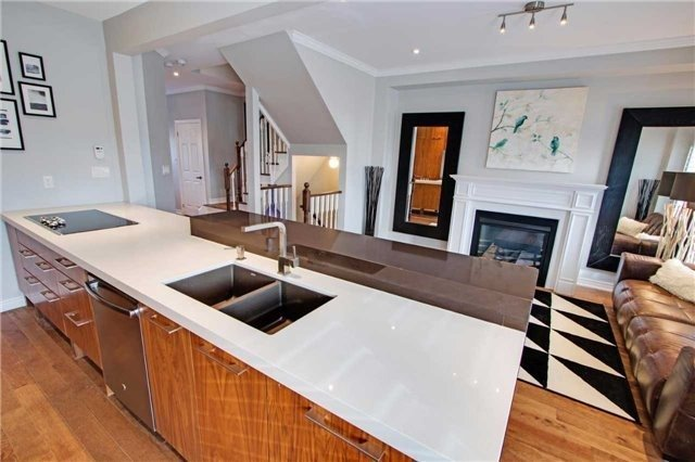 For Sale: 39 Wimbledon Court, Whitby, ON | 3 Bed, 3 Bath House for $668,990. See 20 photos!