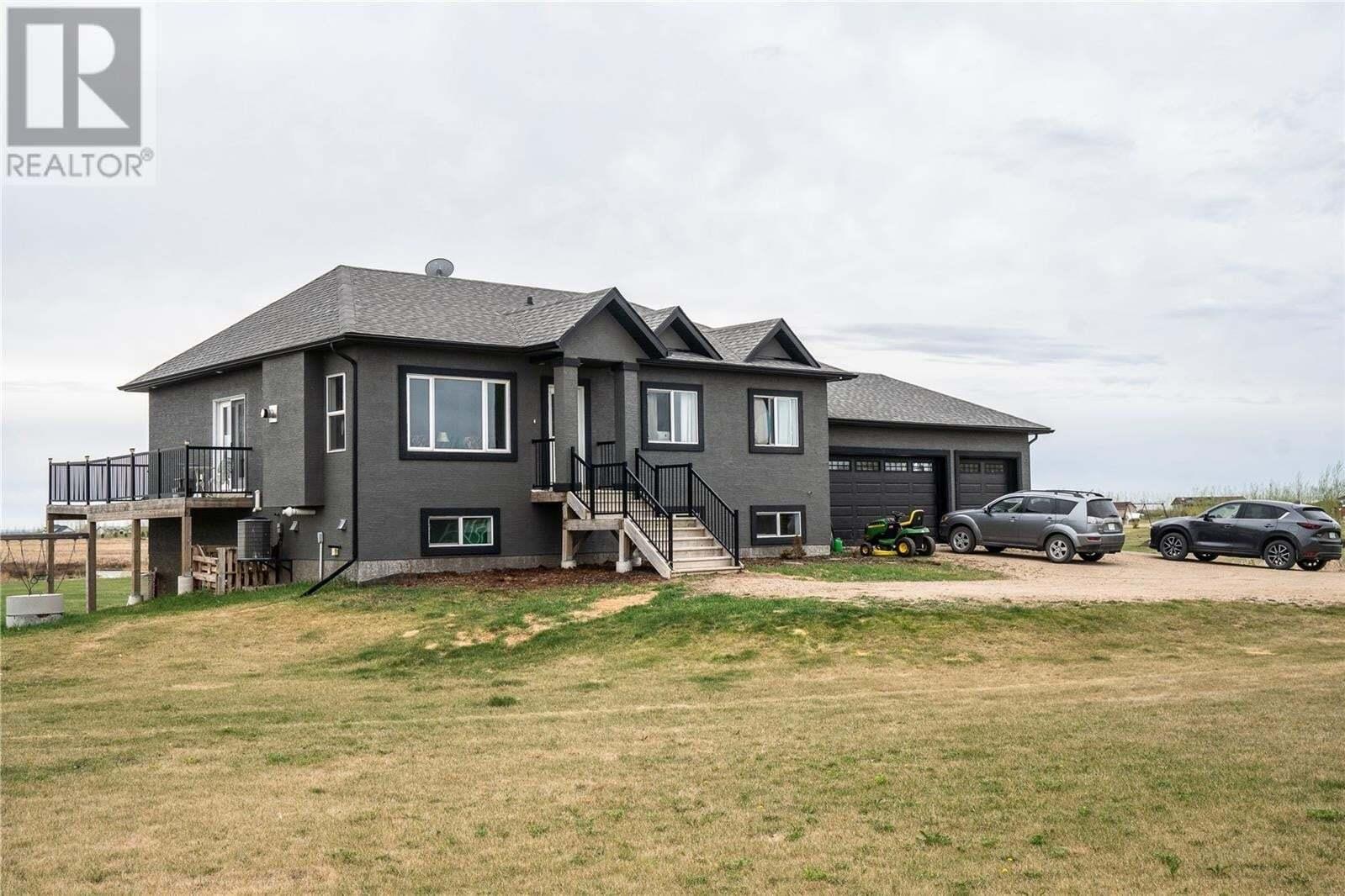 House for sale at 39 Zirk Pl Dundurn Rm No. 314 Saskatchewan - MLS: SK809129