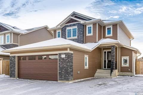 House for sale at 390 Pichler Cres Saskatoon Saskatchewan - MLS: SK797845