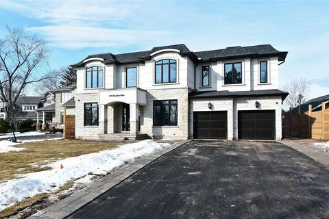 House for sale at 390 Sandhurst Dr Oakville Ontario - MLS: W4410744